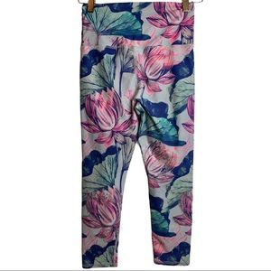 Evolution & Creation Floral Cropped Active Legging Size Small